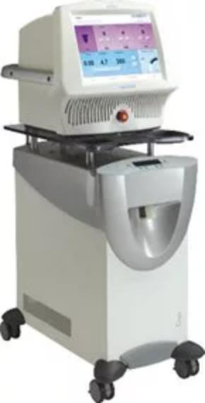 フラクセルレーザーの機器画像